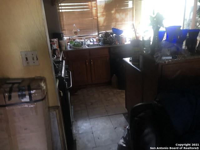 New | 4711 CASTLE ROSE San Antonio, TX 78218 2