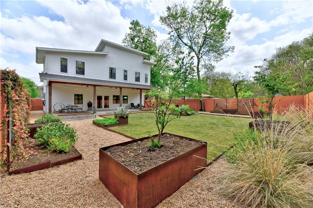 ActiveUnderContract | 4506 Russell Drive #B Austin, TX 78745 34