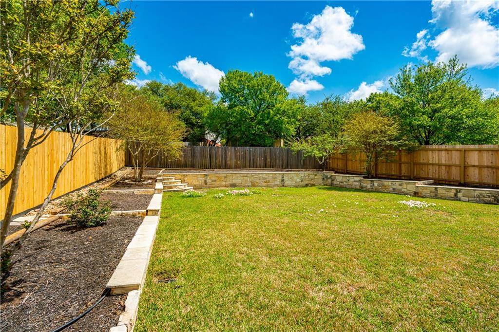 ActiveUnderContract | 2416 Lynnbrook Drive Austin, TX 78748 27