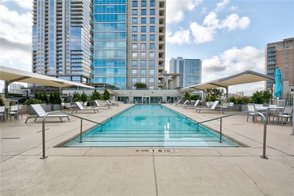 Active | 300 Bowie Street #1104 Austin, TX 78703 6