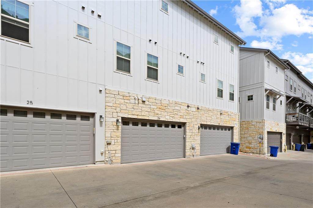 ActiveUnderContract | 2520 Bluebonnet Lane #26 Austin, TX 78704 34
