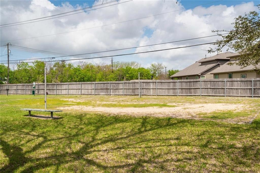 ActiveUnderContract | 10616 Mellow Meadows Drive #24D Austin, TX 78750 26