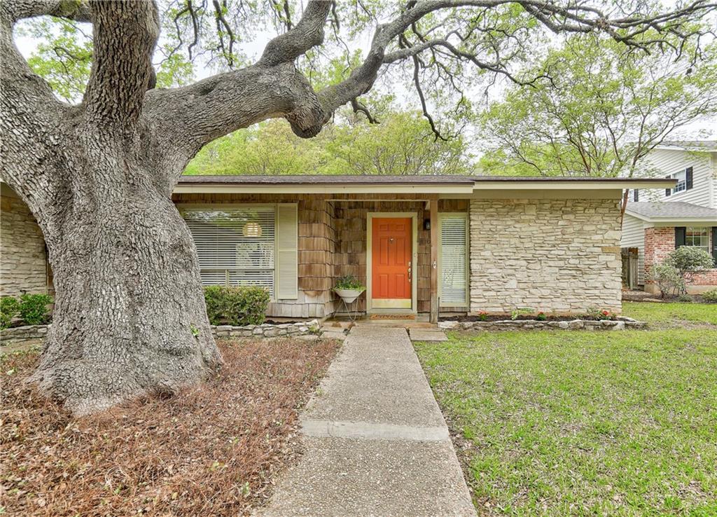 ActiveUnderContract | 8706 Honeysuckle Trail Austin, TX 78759 1