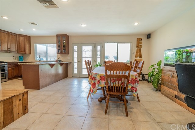 Active | 33092 Windsor Court Yucaipa, CA 92399 11