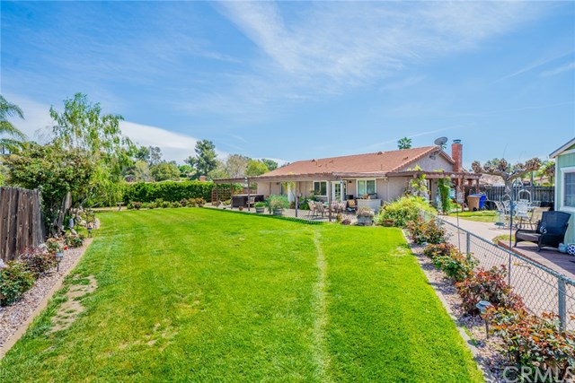 Active | 33092 Windsor Court Yucaipa, CA 92399 36