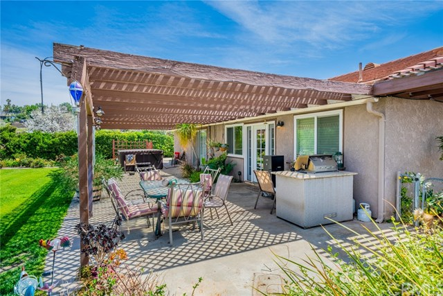 Active | 33092 Windsor Court Yucaipa, CA 92399 41