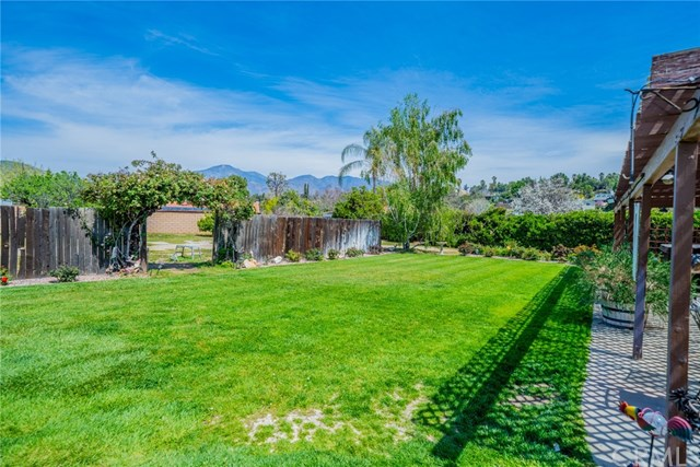 Active | 33092 Windsor Court Yucaipa, CA 92399 42