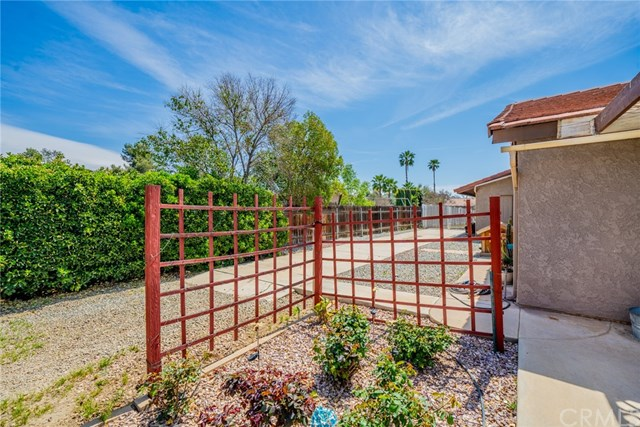 Active | 33092 Windsor Court Yucaipa, CA 92399 46