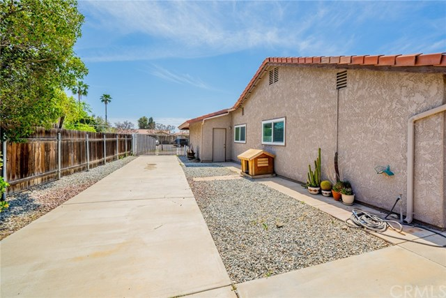 Active | 33092 Windsor Court Yucaipa, CA 92399 47