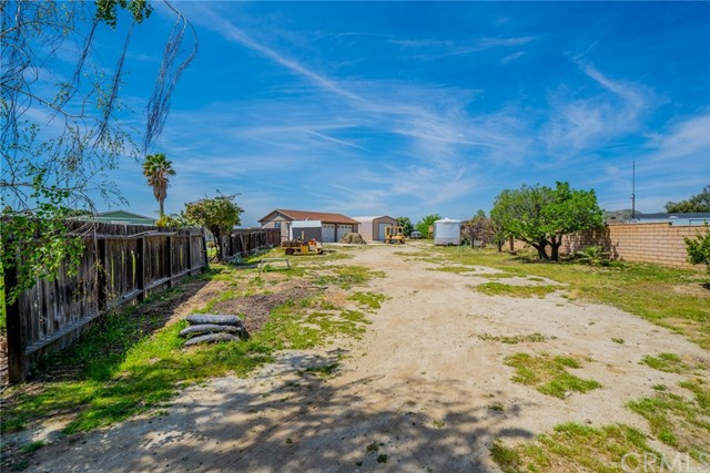 Active | 33092 Windsor Court Yucaipa, CA 92399 49