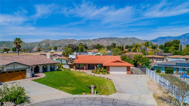 Active | 33092 Windsor Court Yucaipa, CA 92399 50