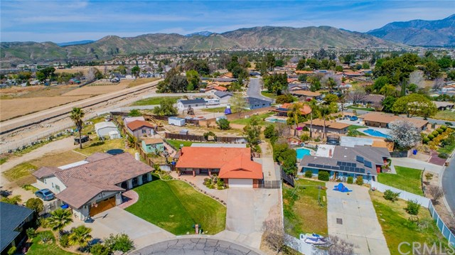Active | 33092 Windsor Court Yucaipa, CA 92399 52