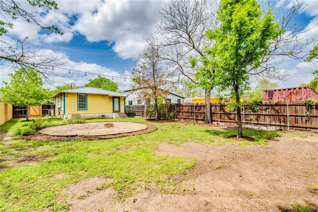 ActiveUnderContract | 1169 Nickols Avenue Austin, TX 78721 16