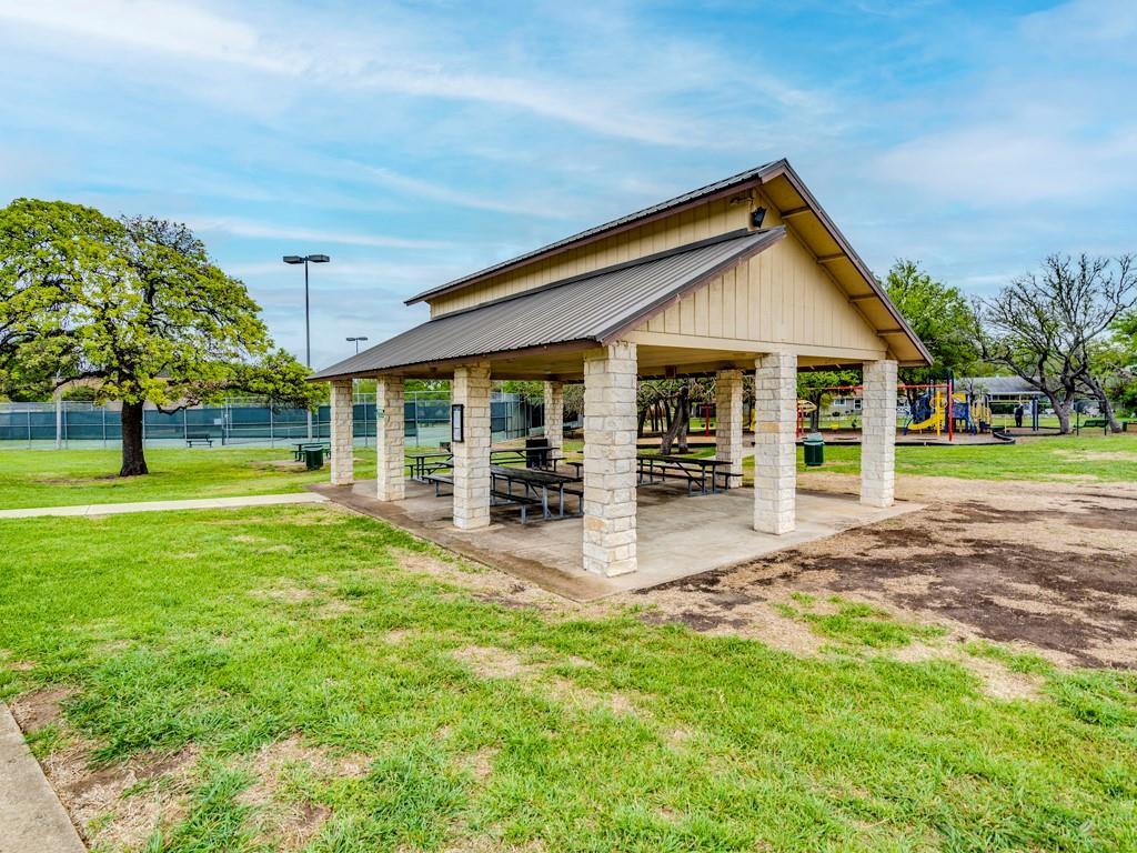 ActiveUnderContract | 11805 Hardwood Trail Austin, TX 78750 24
