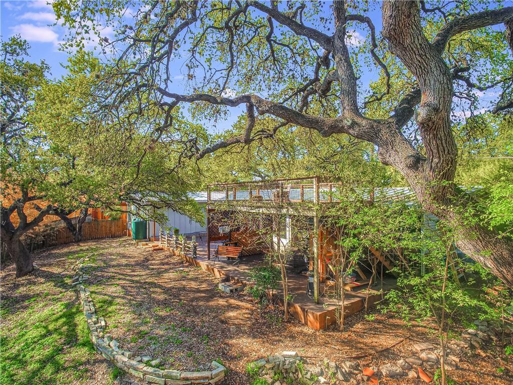 ActiveUnderContract | 1206 Reagan Terrace Austin, TX 78704 12