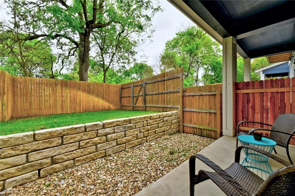 ActiveUnderContract   8922 Menchaca Road #103 Austin, TX 78748 22