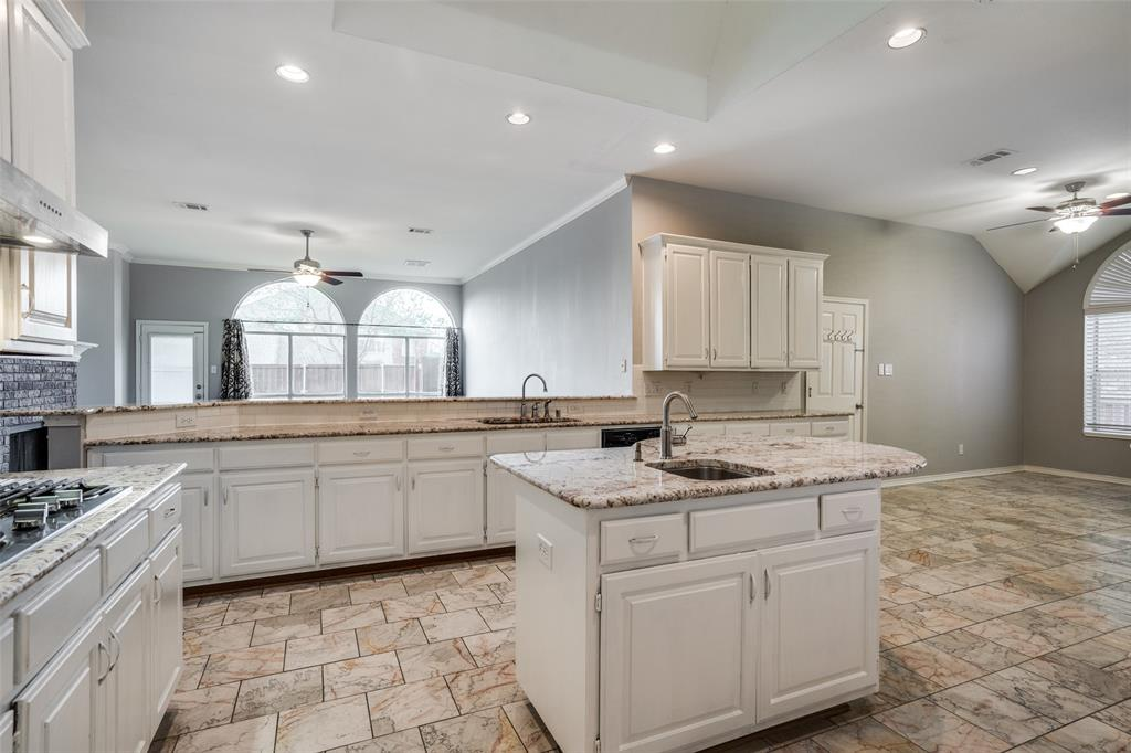 Active   617 Mossycup Oak Drive Plano, Texas 75025 10