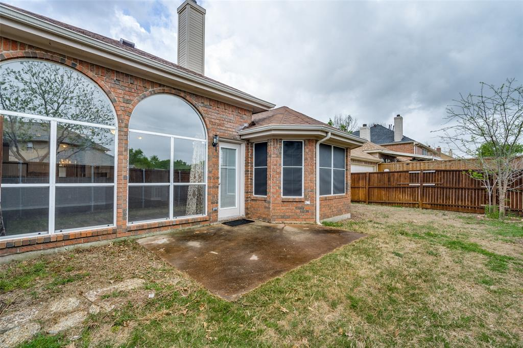 Active   617 Mossycup Oak Drive Plano, Texas 75025 23