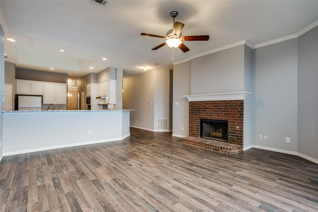 Active   617 Mossycup Oak Drive Plano, Texas 75025 8