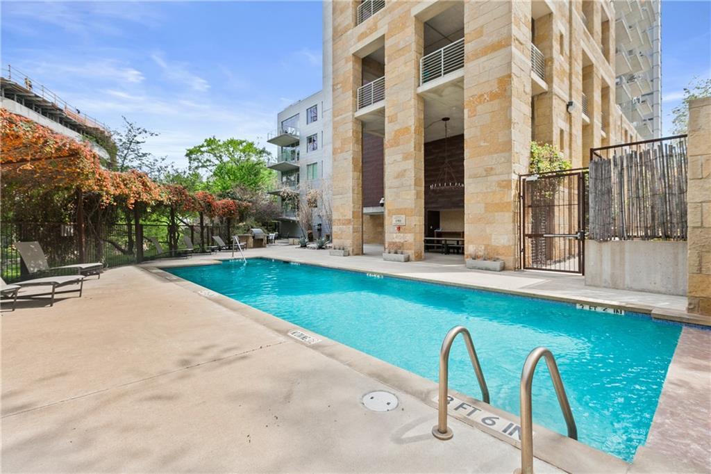 Active | 800 W 5th Street #505 Austin, TX 78701 32
