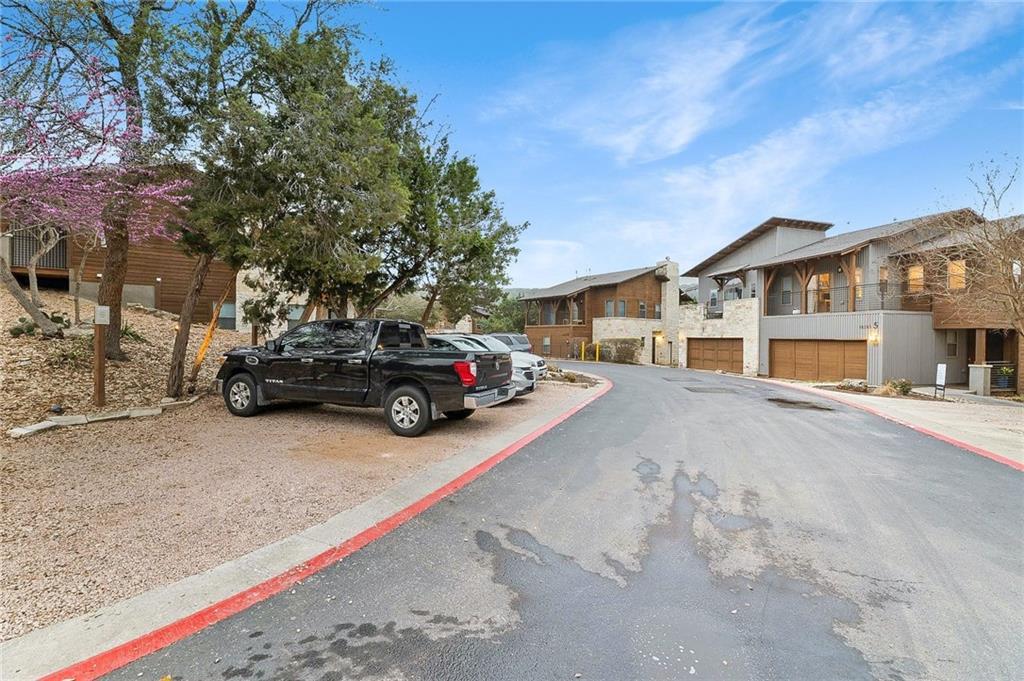 ActiveUnderContract   8110 Ranch Road 2222 #17 Austin, TX 78730 24