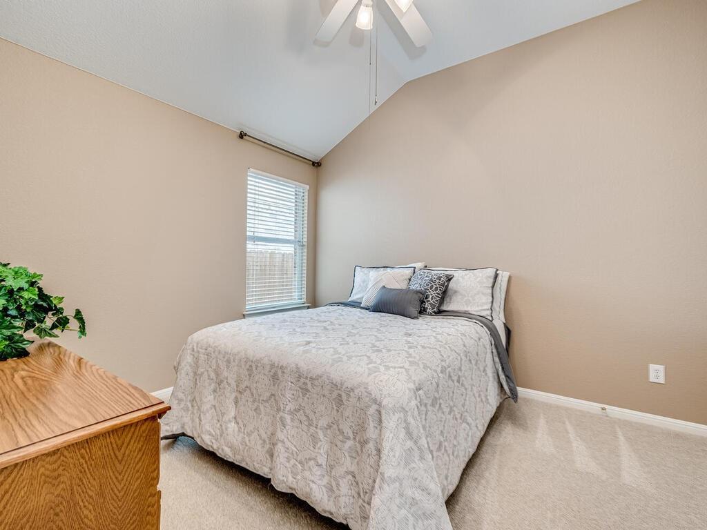 ActiveUnderContract | 2505 Avenue N Austin, TX 78727 26