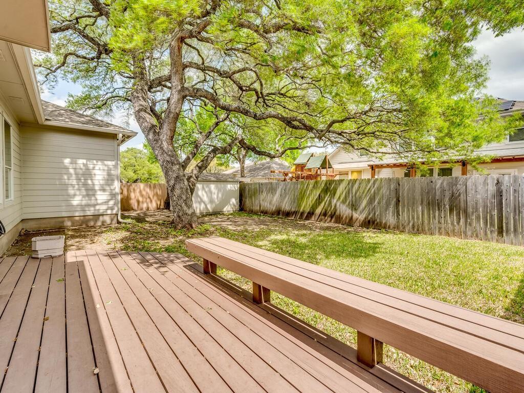 ActiveUnderContract | 2505 Avenue N Austin, TX 78727 29