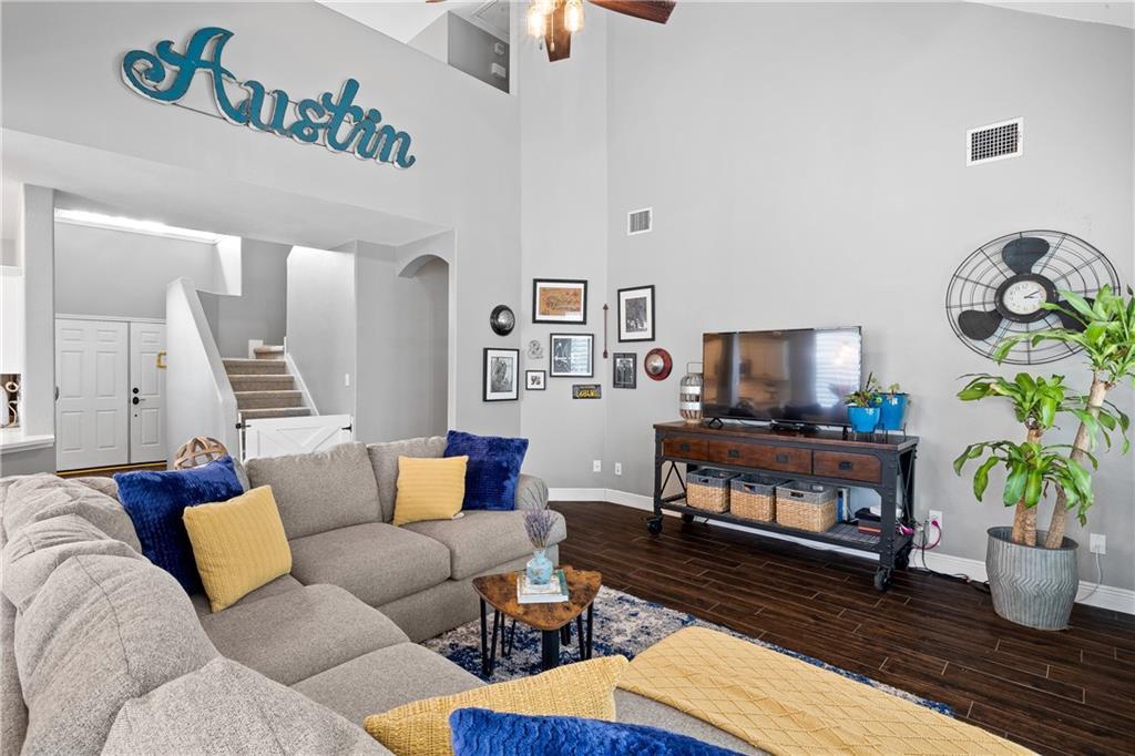 ActiveUnderContract | 2621 Buckingham Gate Terrace Austin, TX 78748 6