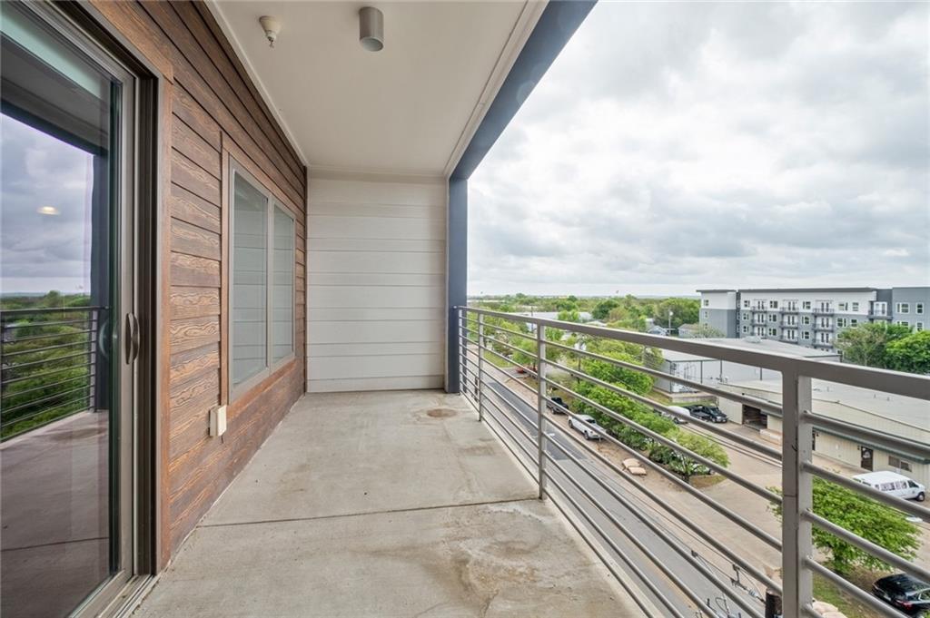 ActiveUnderContract | 4361 S Congress Avenue #525 Austin, TX 78745 0