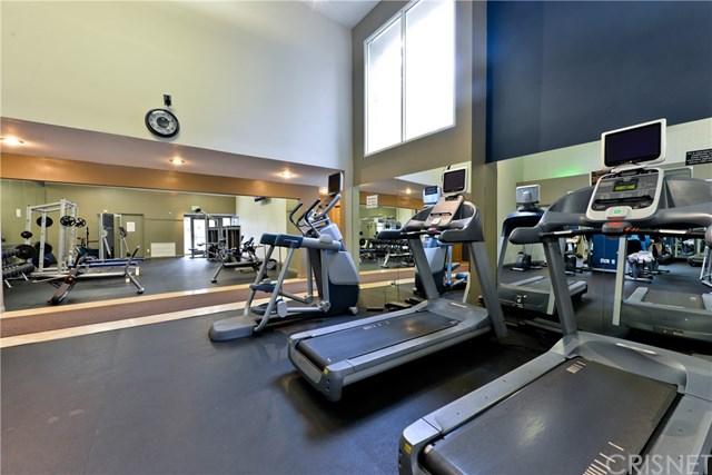 Active | 5550 Owensmouth Avenue #112 Woodland Hills, CA 91367 11