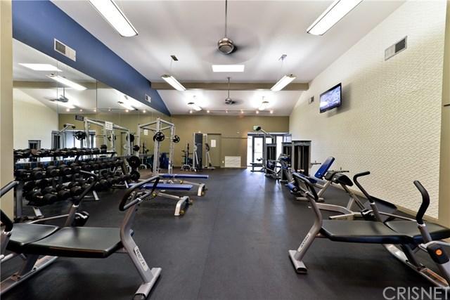 Active | 5550 Owensmouth Avenue #112 Woodland Hills, CA 91367 12