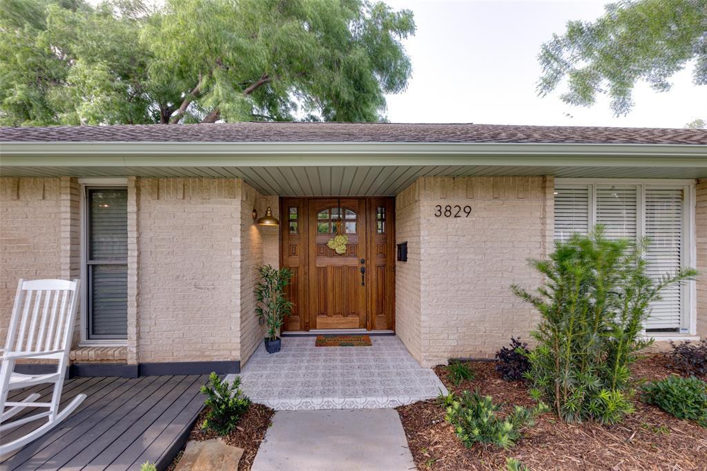 Active | 3829 Crown Shore Drive Dallas, Texas 75244 2