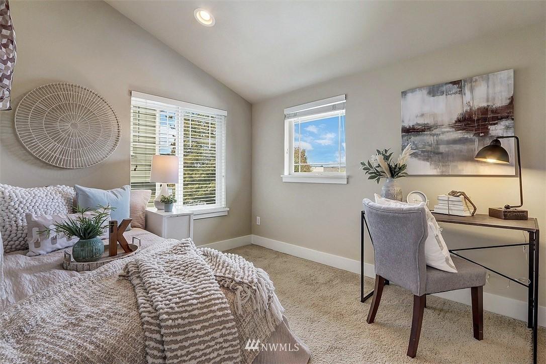 Sold Property   1409 33rd Avenue Seattle, WA 98122 12