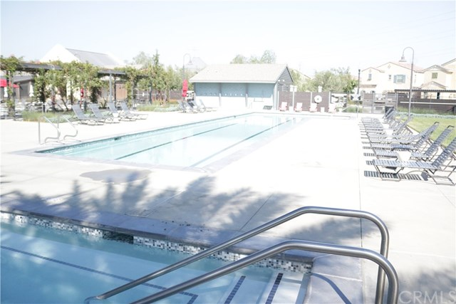 Active Under Contract | 3250 E Yountville Drive #14 Ontario, CA 91761 11