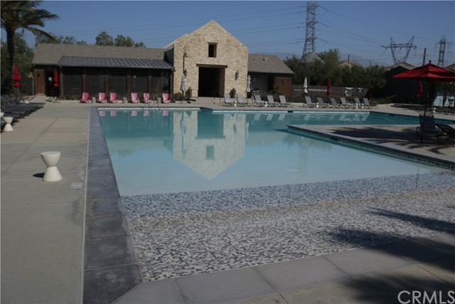 Active Under Contract | 3250 E Yountville Drive #14 Ontario, CA 91761 12