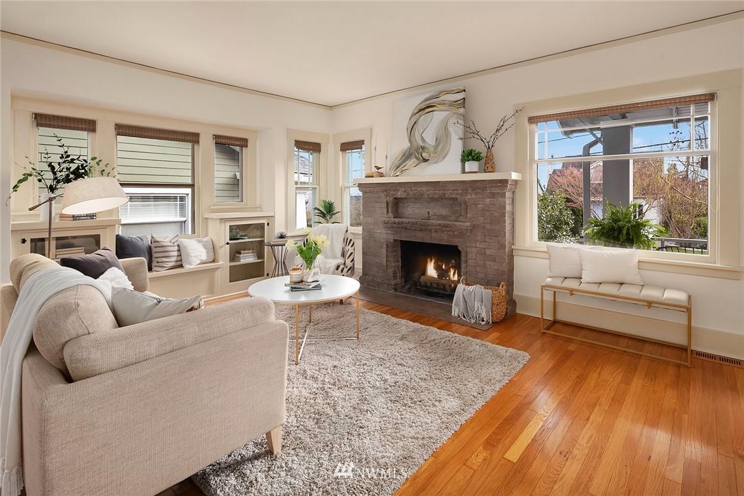 Sold Property | 2531 1st Avenue N Seattle, WA 98109 2