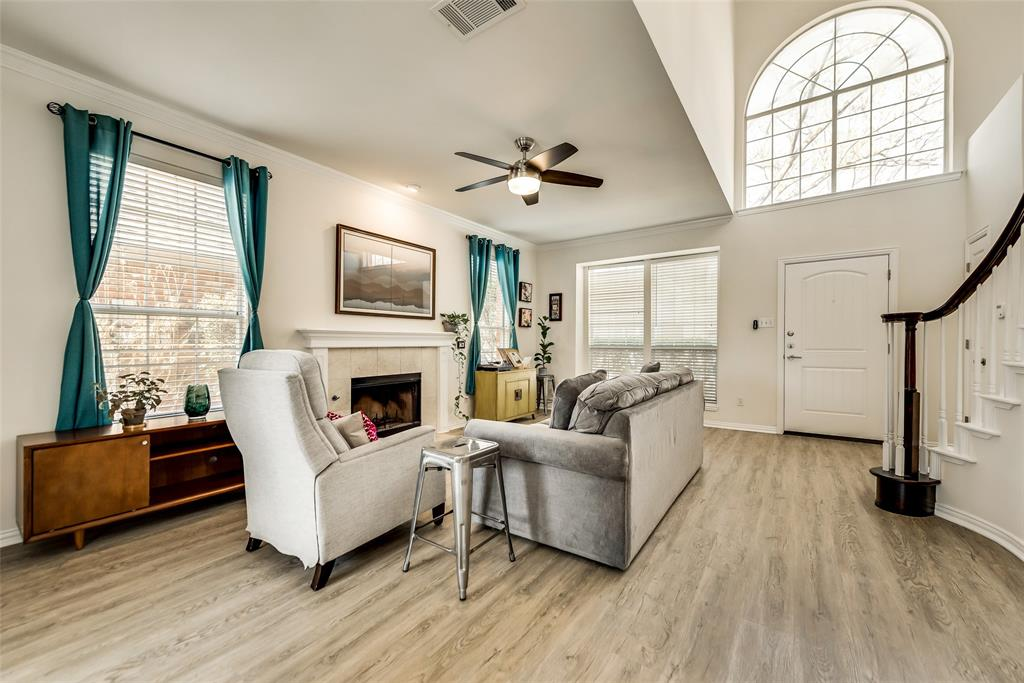 Pending | 14653 Waterview Circle Addison, Texas 75001 4