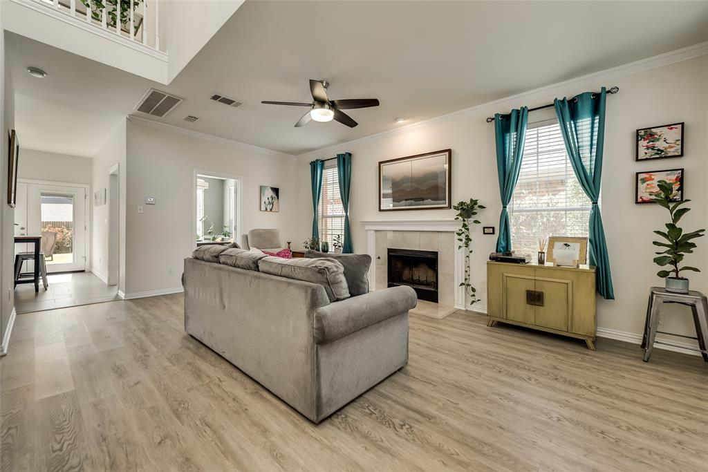 Pending | 14653 Waterview Circle Addison, Texas 75001 6