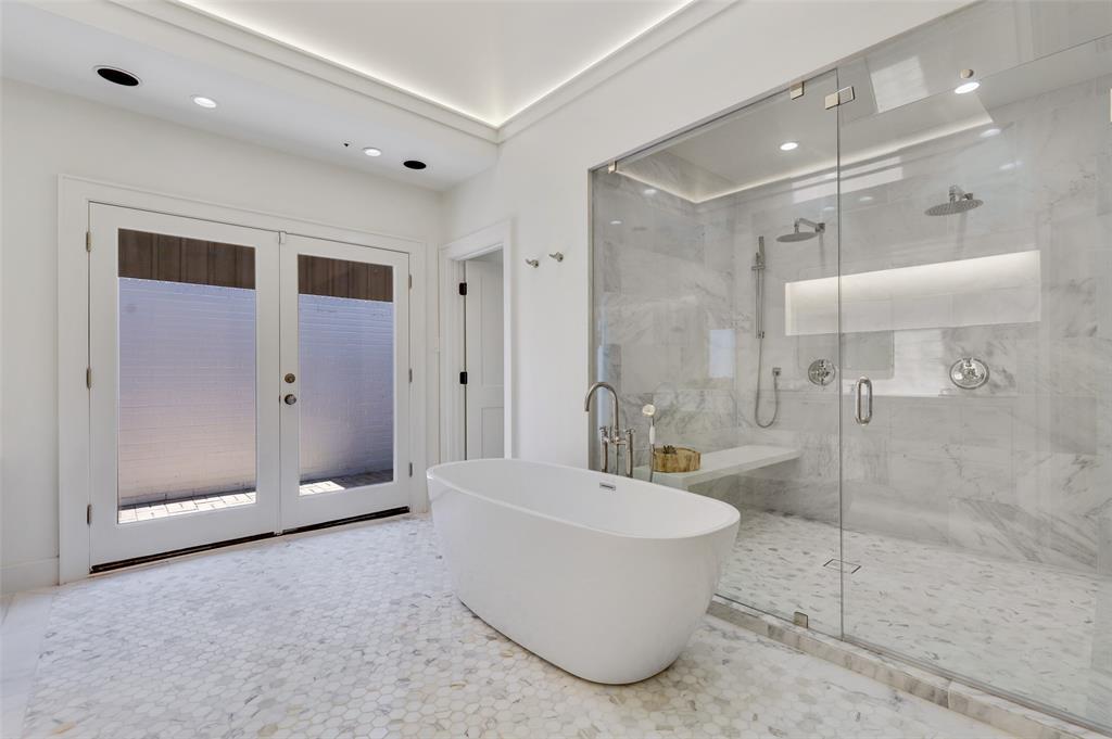 Dallas Luxury Real Estate   6606 Briar Cove Drive Dallas, Texas 75254 17