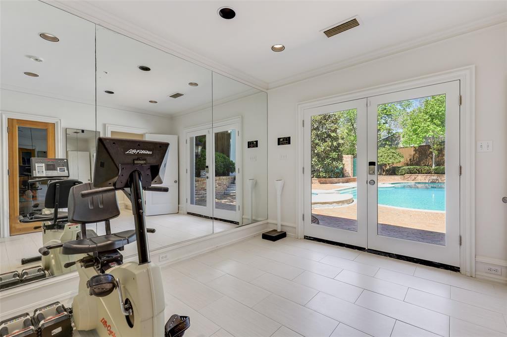 Dallas Luxury Real Estate   6606 Briar Cove Drive Dallas, Texas 75254 19