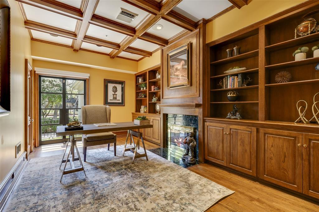 Dallas Luxury Real Estate   6606 Briar Cove Drive Dallas, Texas 75254 21
