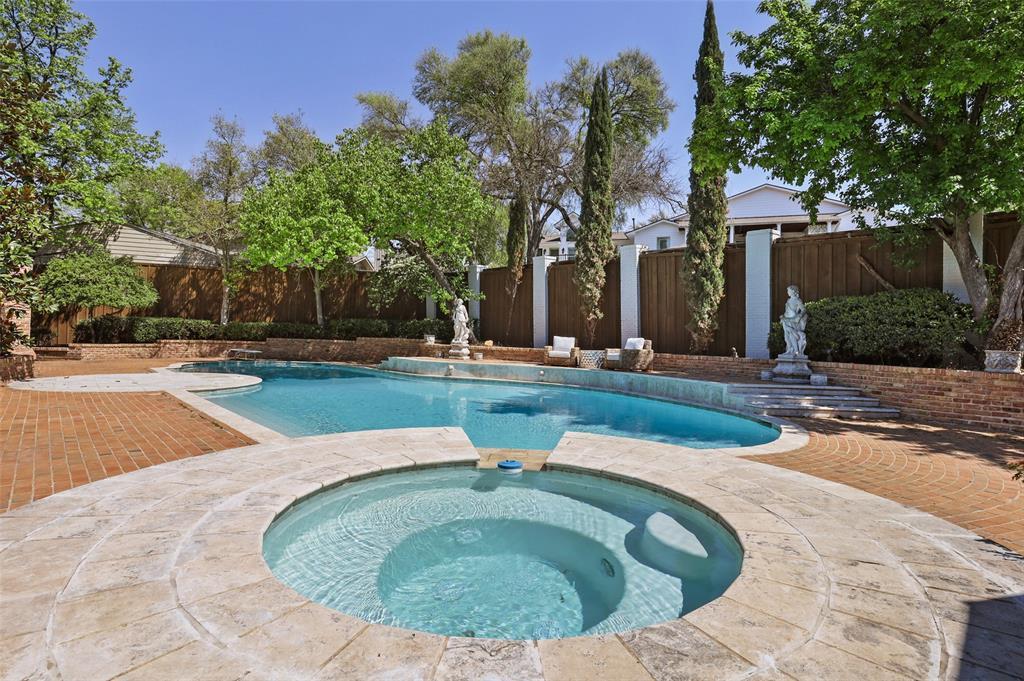 Dallas Luxury Real Estate   6606 Briar Cove Drive Dallas, Texas 75254 29