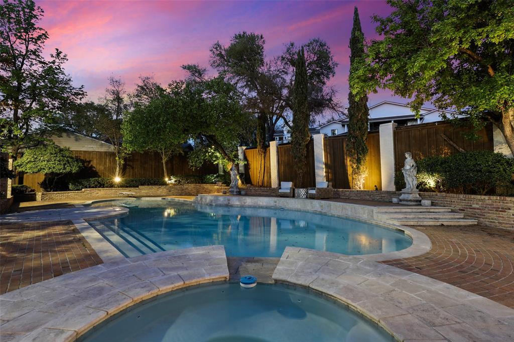 Dallas Luxury Real Estate   6606 Briar Cove Drive Dallas, Texas 75254 36