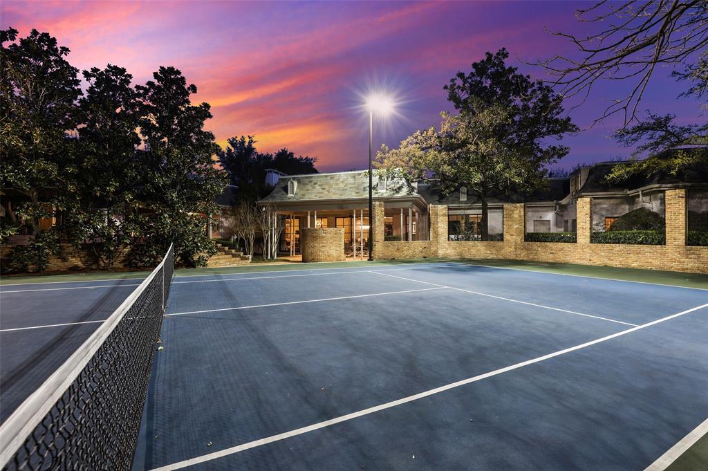 Dallas Luxury Real Estate   6606 Briar Cove Drive Dallas, Texas 75254 37