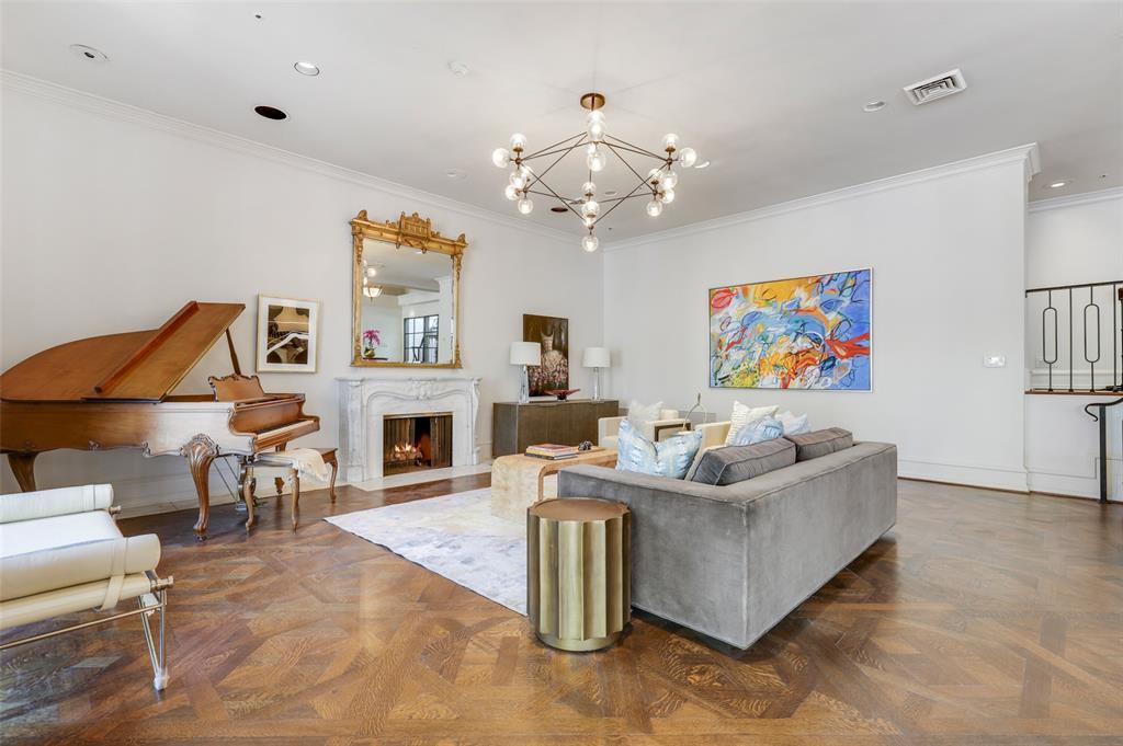 Dallas Luxury Real Estate   6606 Briar Cove Drive Dallas, Texas 75254 5