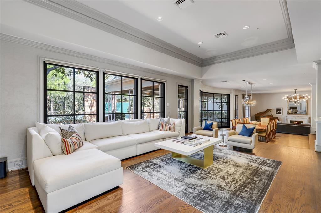 Dallas Luxury Real Estate   6606 Briar Cove Drive Dallas, Texas 75254 7