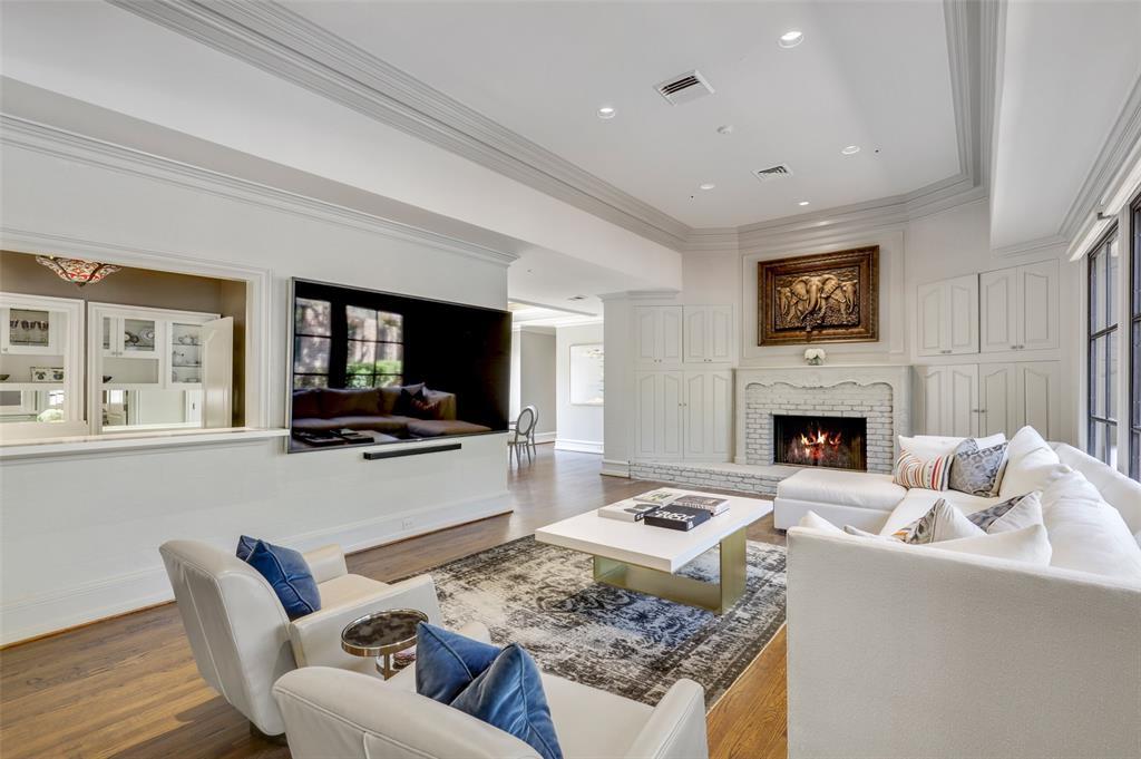 Dallas Luxury Real Estate   6606 Briar Cove Drive Dallas, Texas 75254 8