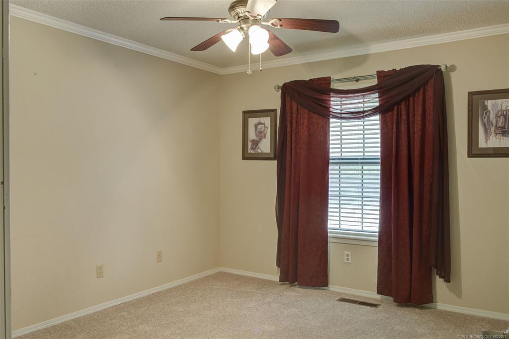 Off Market   527 N Lynn Lane Catoosa, Oklahoma 74015 29