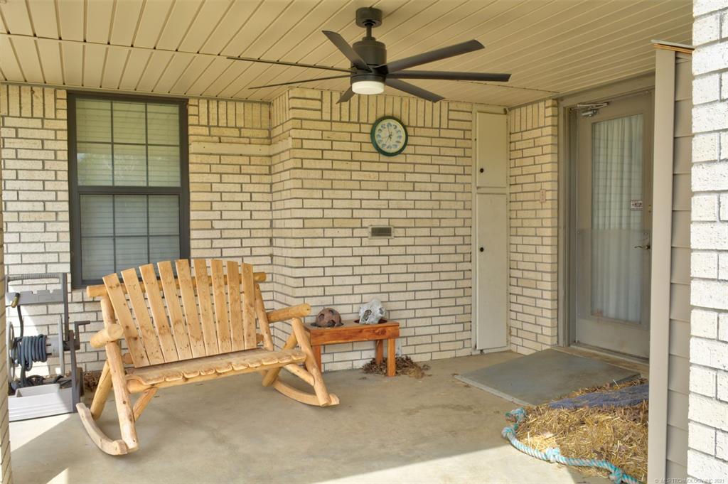 Off Market   527 N Lynn Lane Catoosa, Oklahoma 74015 39