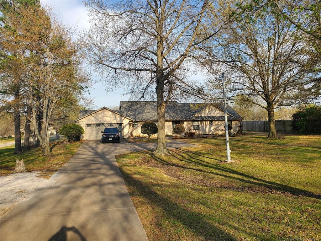 Off Market   527 N Lynn Lane Catoosa, Oklahoma 74015 4
